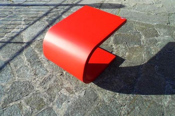 tavolino in vetroresina Duna linea design